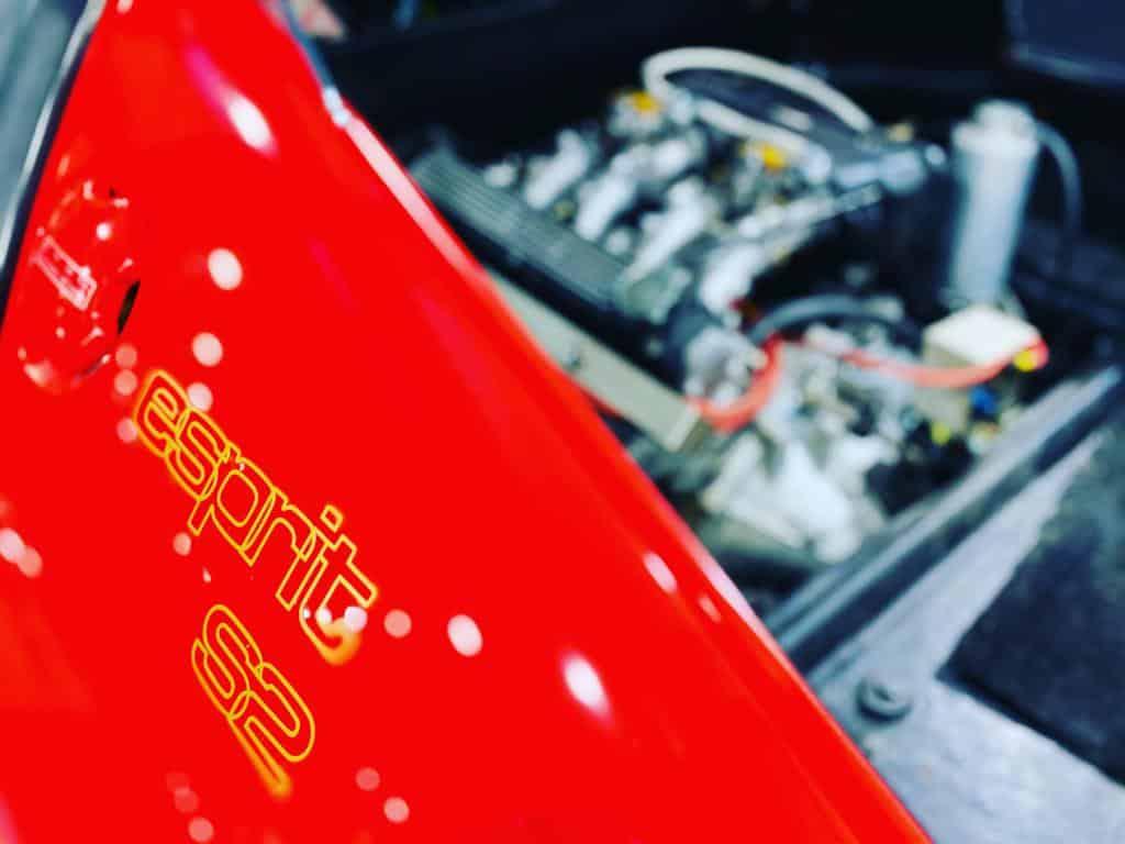 Lotus-Esprit-1